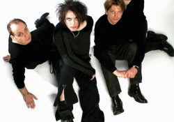 The-cure-Mexico_2019